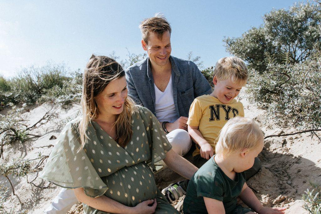 Familie Zwangerschap fotoshoot duinen Noordwijk